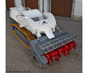 Véhicule de déminage mécanique Digger D-250